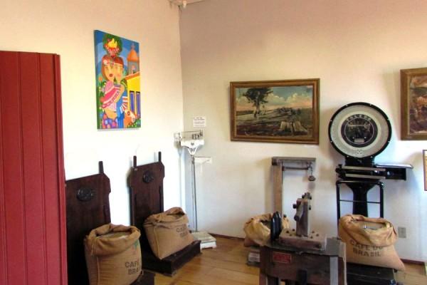 exposicao-museu-cafe-2015-19395A8C81-C079-76A9-4803-FD7F687F7E05.jpg